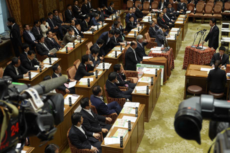 2014_05_28_予算委員会
