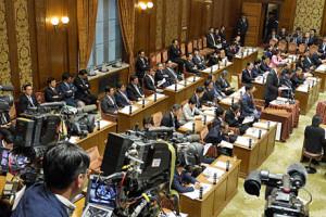 2015_01_30_予算委員会