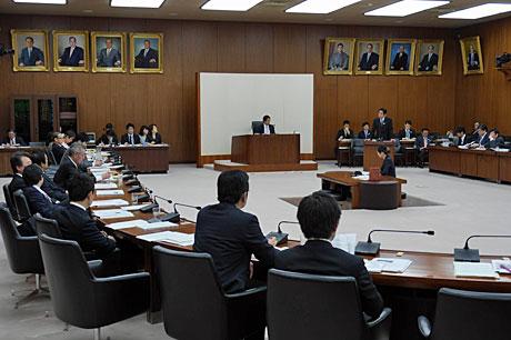 2015_04_22_文部科学委員会