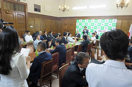 2015_07_03_両院議員懇談会