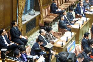 2016_01_12_予算委員会