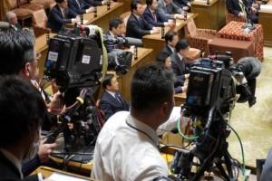 2017_03_17_予算委員会